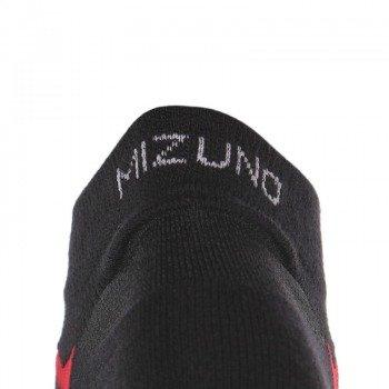 skarpety do biegania MIZUNO DRYLITE INNER GRIP MID / 67UU30896